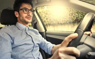 Kora tavaszi időjárás több balesetet jelent? Legyen autódban magas peremű gumiszőnyeg!